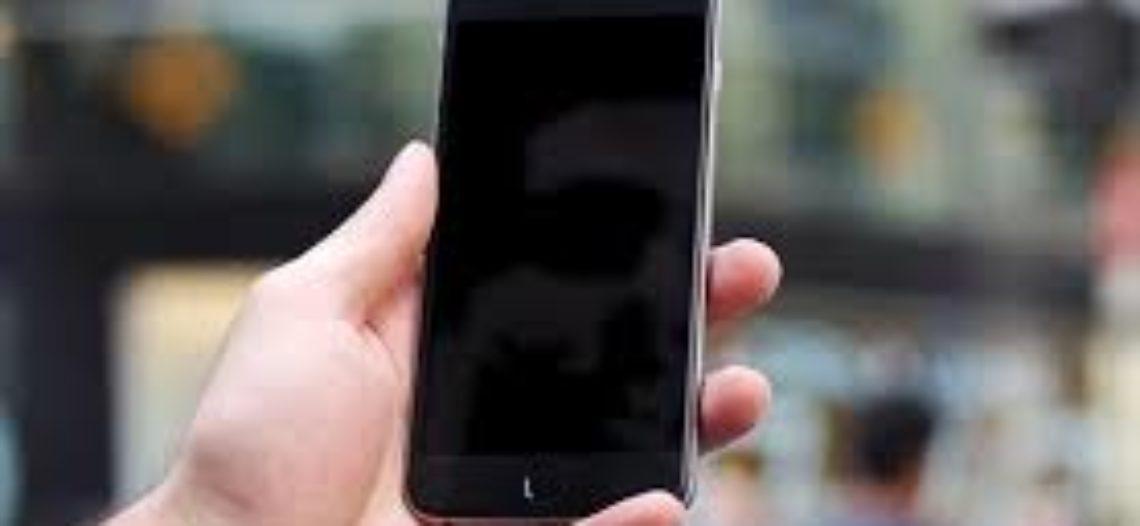 Проблемы с экраном на IPhone 5