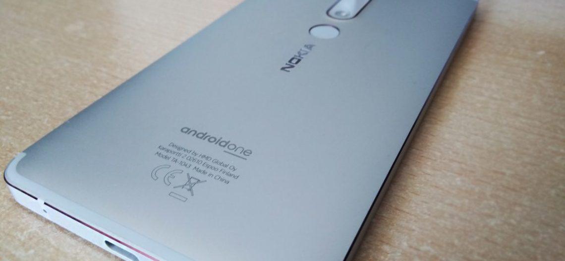 Обзор Nokia 6.1: пара недостатков