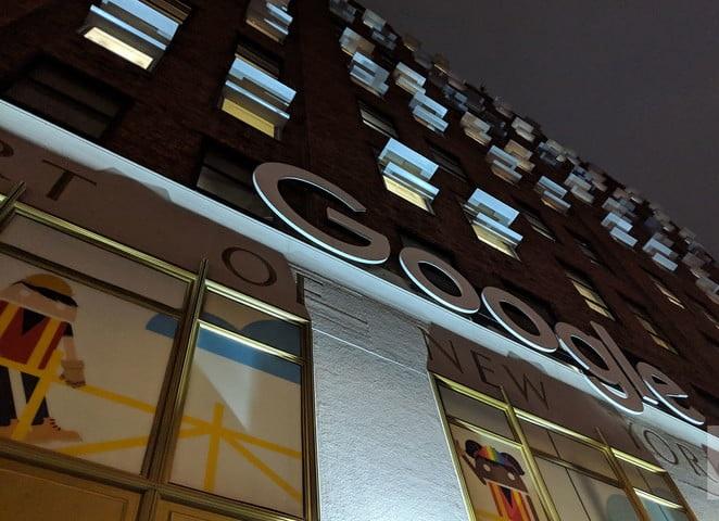 Ошеломляющая камераGoogle Pixel 3 XL фото - ночная съёмка