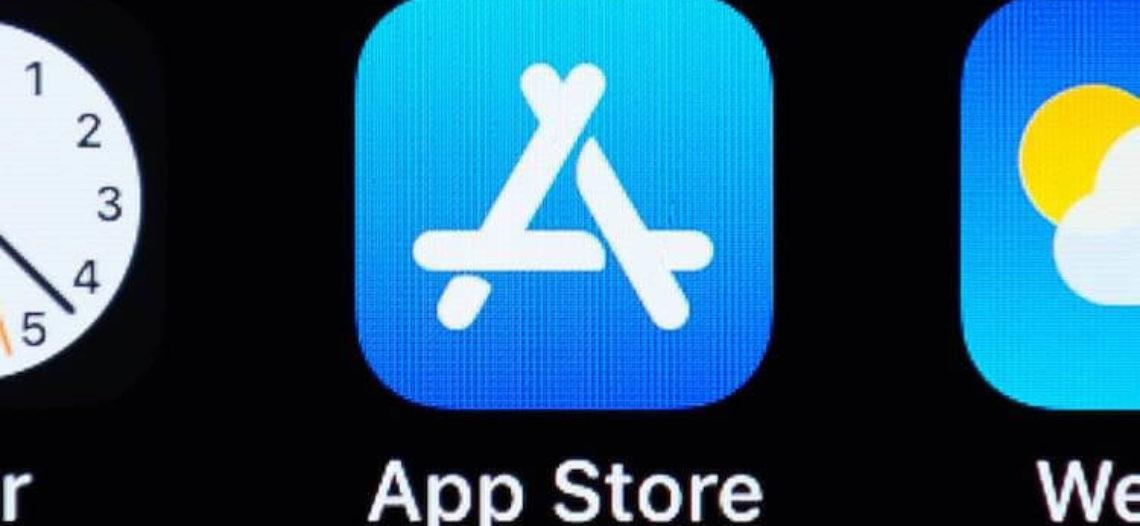 Экс-цензор App Store: Apple боится приложений, которые заменяют ее собственные